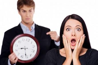 Возможна отправка уведомления каждому опоздавшему сотруднику на его электронную почту.